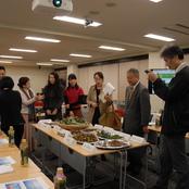 私立大学研究ブランディング事業「北陸の薬草を使った新商品開発検討会」が開催