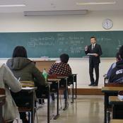 「公務員試験対策講座」実施中
