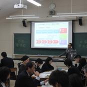 金沢辰巳丘高校 教員研修会に山本学部長が協力