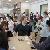 カナダ、シンガポールの留学生と交流